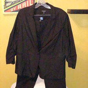 Woman's Pant Suit
